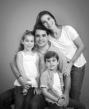 best studio family portraits
