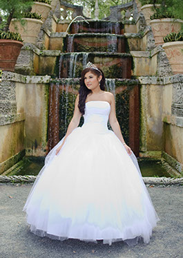 22bc9e57927 Wedding photographer in Miami Quinceanera and Sweet Sixteens photographer  ...